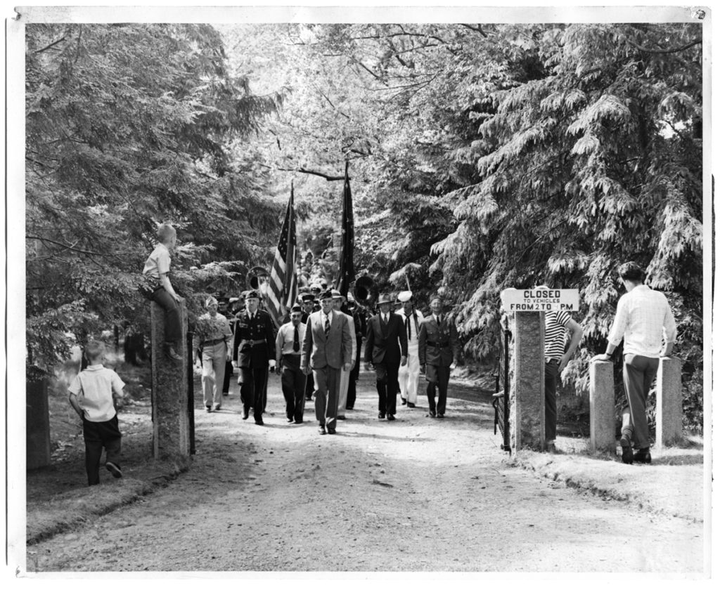 Memorial Day parade leaving Evergreen Cemetery