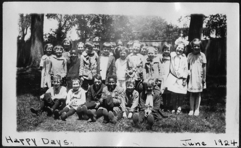 Group of children from the Center Primary School